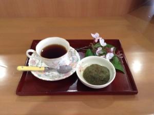 2019.4.2 お茶会(よもぎ団子) (1)